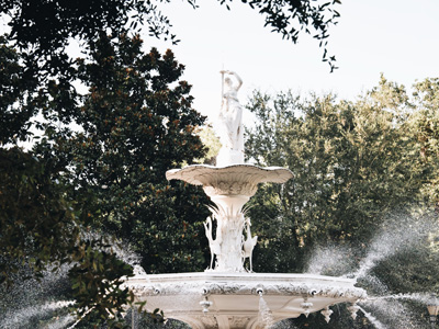 Forsyth Park fountain in Savannah, Georgia. Photographed by Kristen M. Brown, Samba to the Sea Photography.