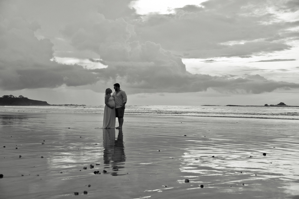 Playa-Tamarindo-Costa-Rica-Photographer-Maternity-Samba-to-the-Sea-Photography-Kristen-M-Brown-KJ-21