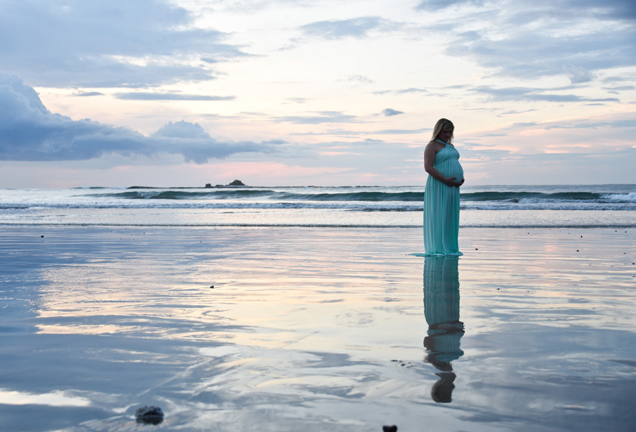 Playa-Tamarindo-Costa-Rica-Photographer-Maternity-Samba-to-the-Sea-Photography-Kristen-M-Brown-KJ-22
