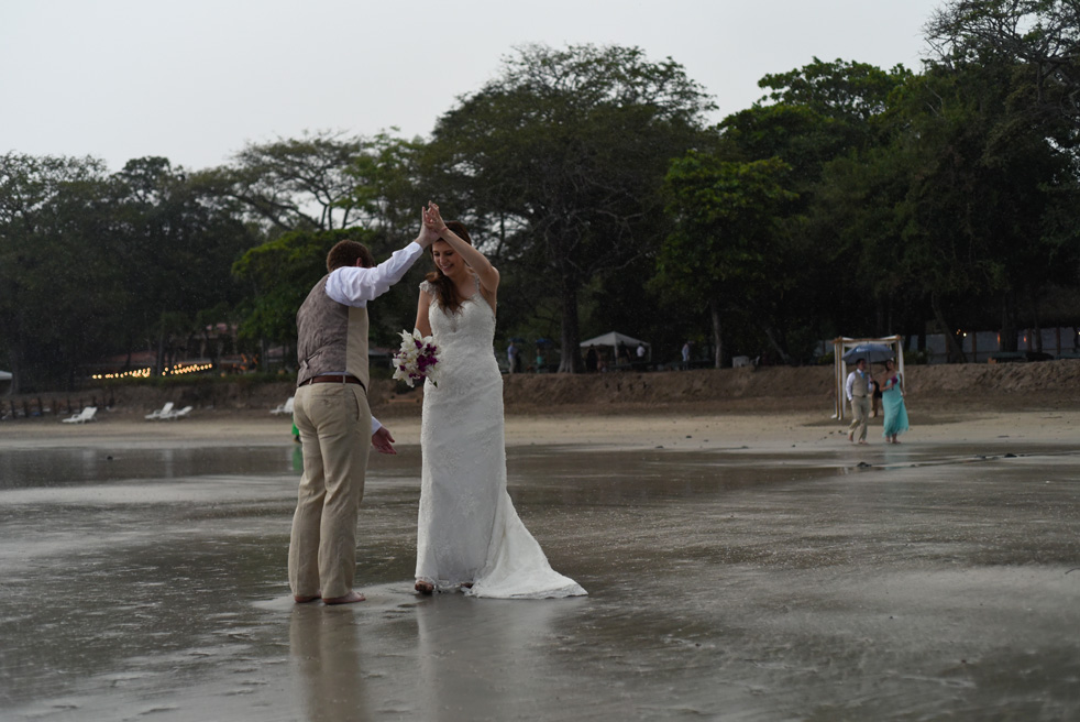 Wedding-Photographer-Tamarindo-Beach-Costa-Rica-Samba-to-the-Sea-Photography-CJ-14