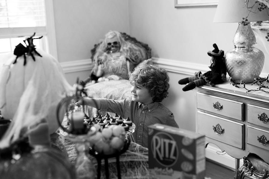 Family Photography in Savannah – Cole's Halloween Bash
