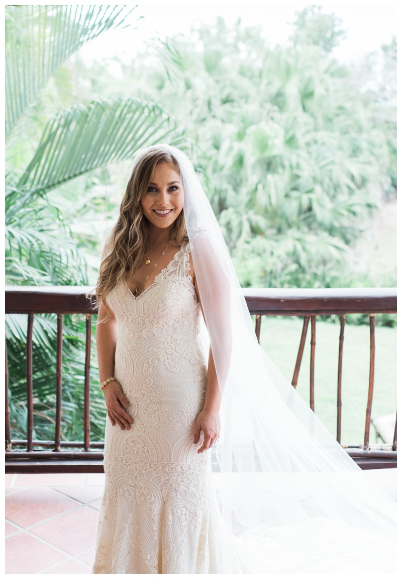 Bridal portrait at Casa de las Tortugas in Playa Langosta, Costa Rica. Photographed by Kristen M. Brown, Samba to the Sea Photography.