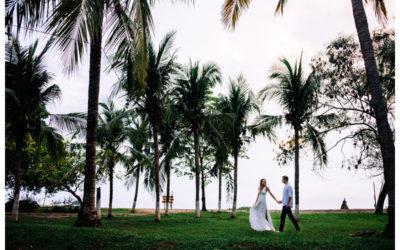 Anniversary Photos on the Beach in Tamarindo, Costa Rica | Alyssa + Kevin