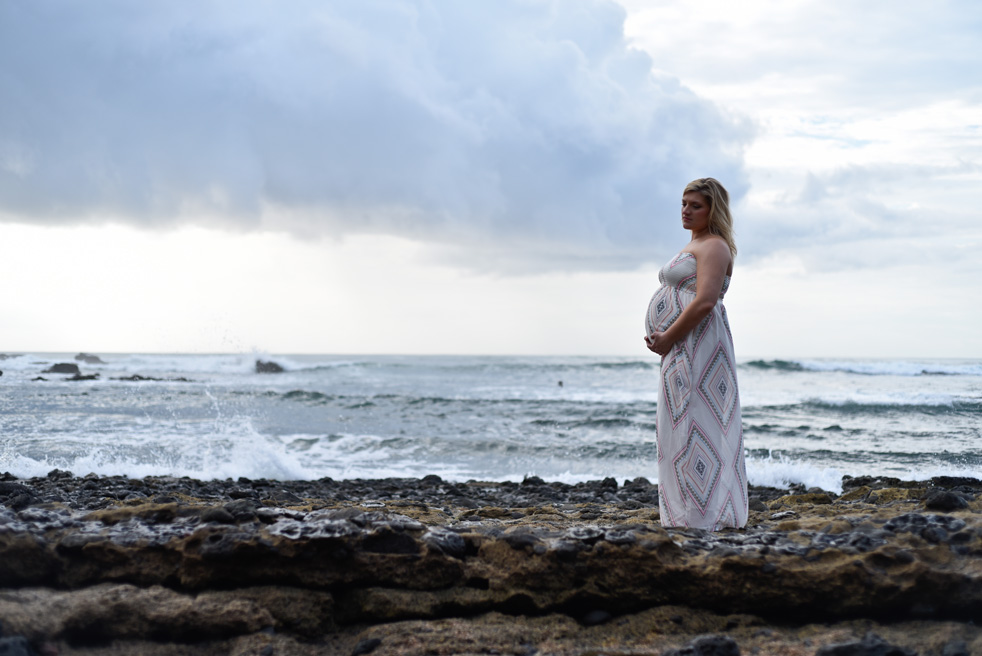 Maternity photos in on the beach in Tamarindo, Costa Rica. Photographed by Kristen M. Brown, Samba to the Sea Photography.