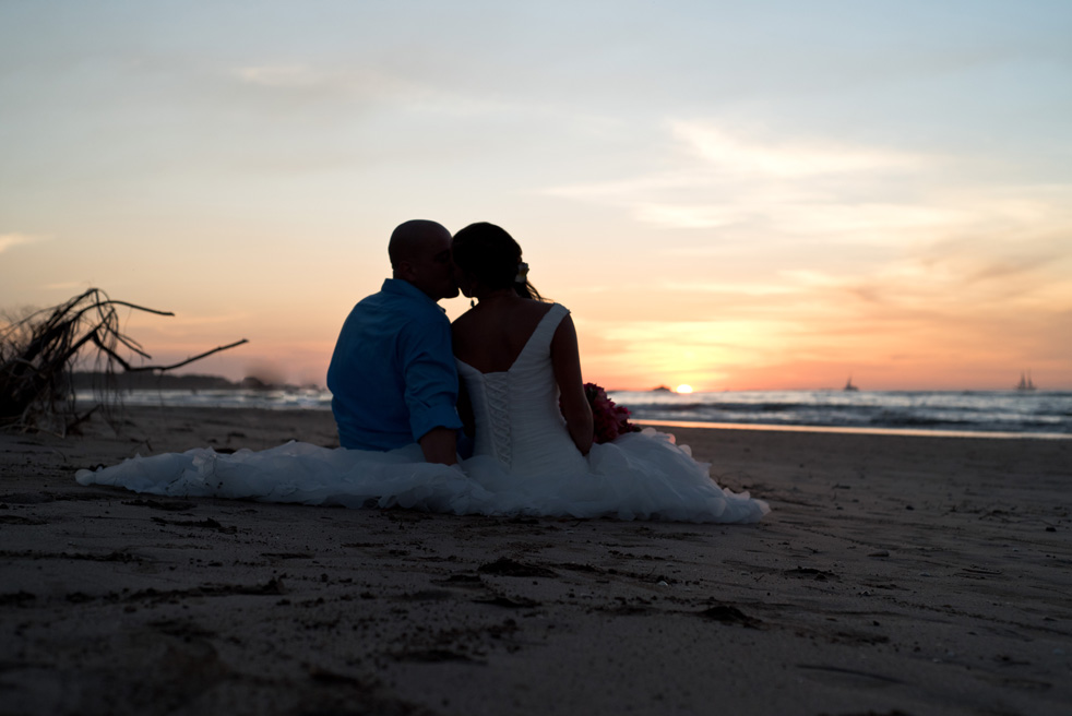 Photographer-Tamarindo-Costa-Rica-Wedding-Samba-to-the-Sea-Photography-MD-05