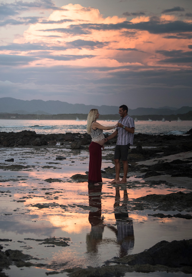 Playa-Tamarindo-Costa-Rica-Photographer-Family-AE-09