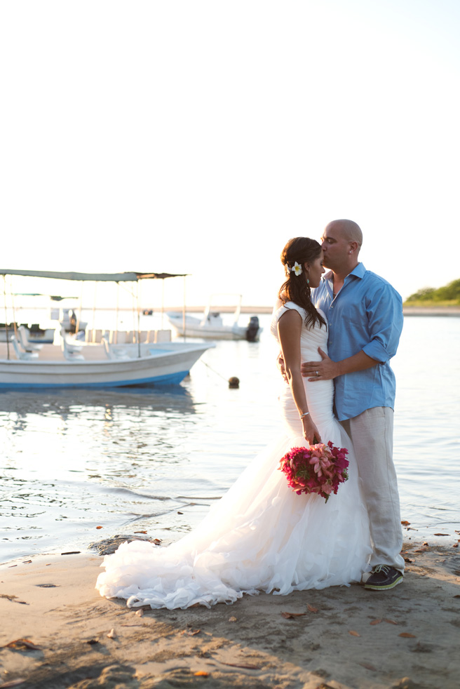 Wedding-Photographer-Tamarindo-Costa-Rica-Samba-to-the-Sea-Photography-MD-05