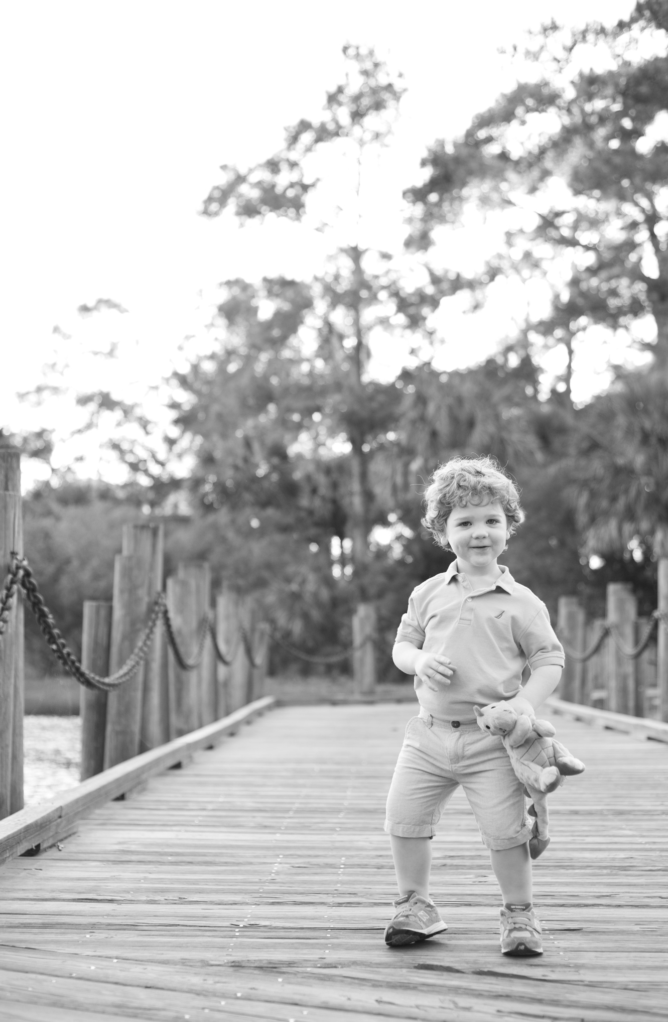Family photos at The Landings in Savannah, Georgia