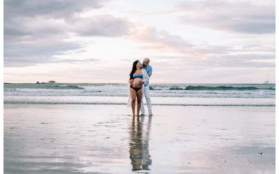 Beach Maternity Photos in Tamarindo Costa Rica || Lau + Max