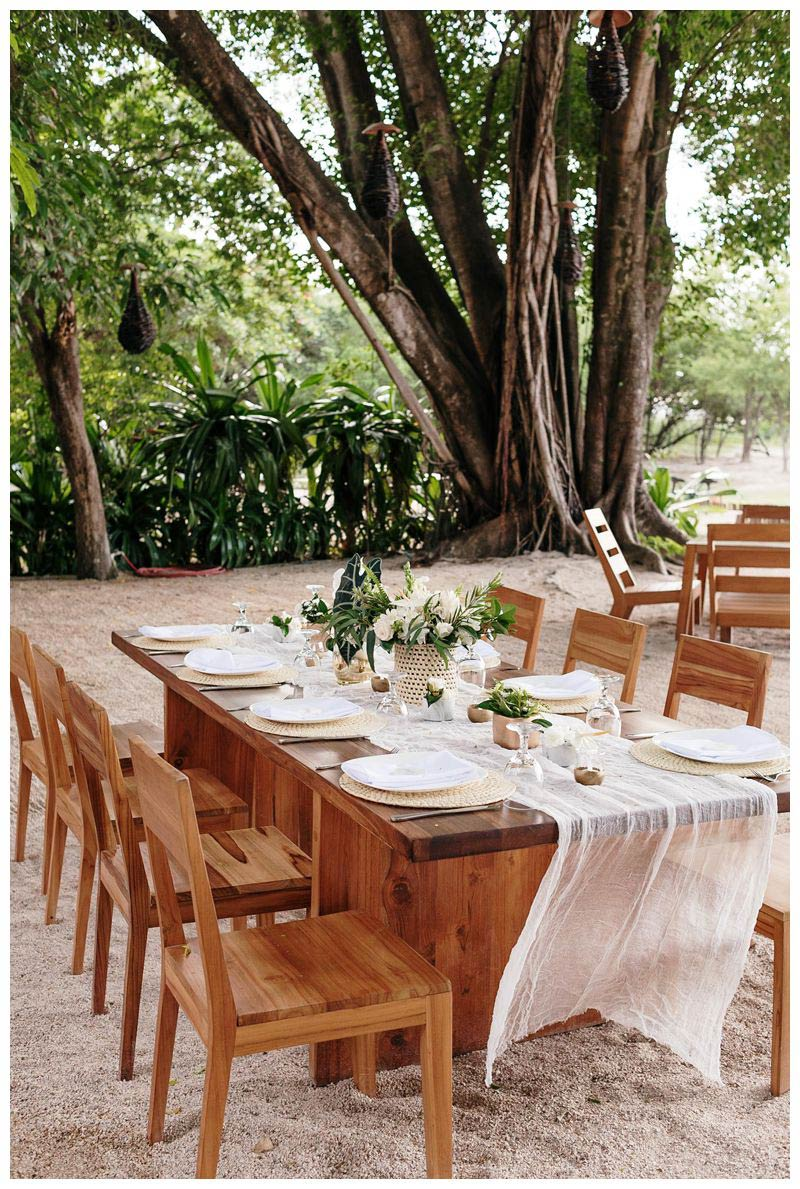 Destination tropical wedding in Tamarindo, Costa Rica at Pangas Beach Club. Photographed by Kristen M. Brown, Samba to the Sea Photography.
