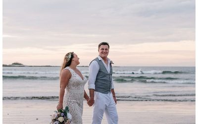 Intimate Beach Wedding in Tamarindo Costa Rica || Leah + Vince
