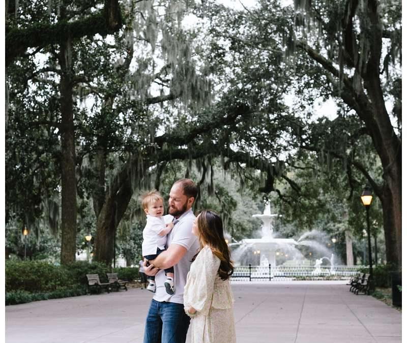 Downtown Savannah Georgia Family Photos || Hankins Family