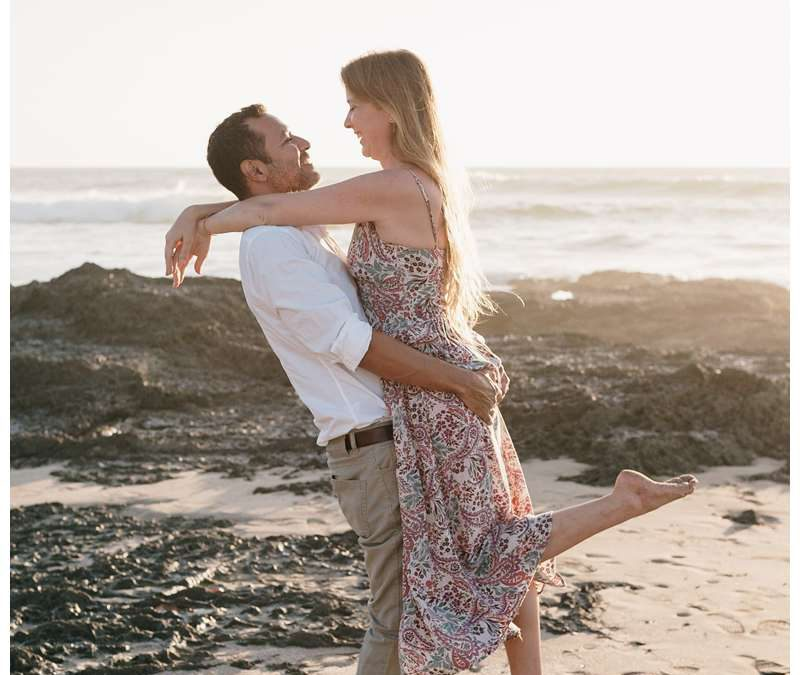 Beach Engagement Photos in Playa Langosta || Laura + Richie