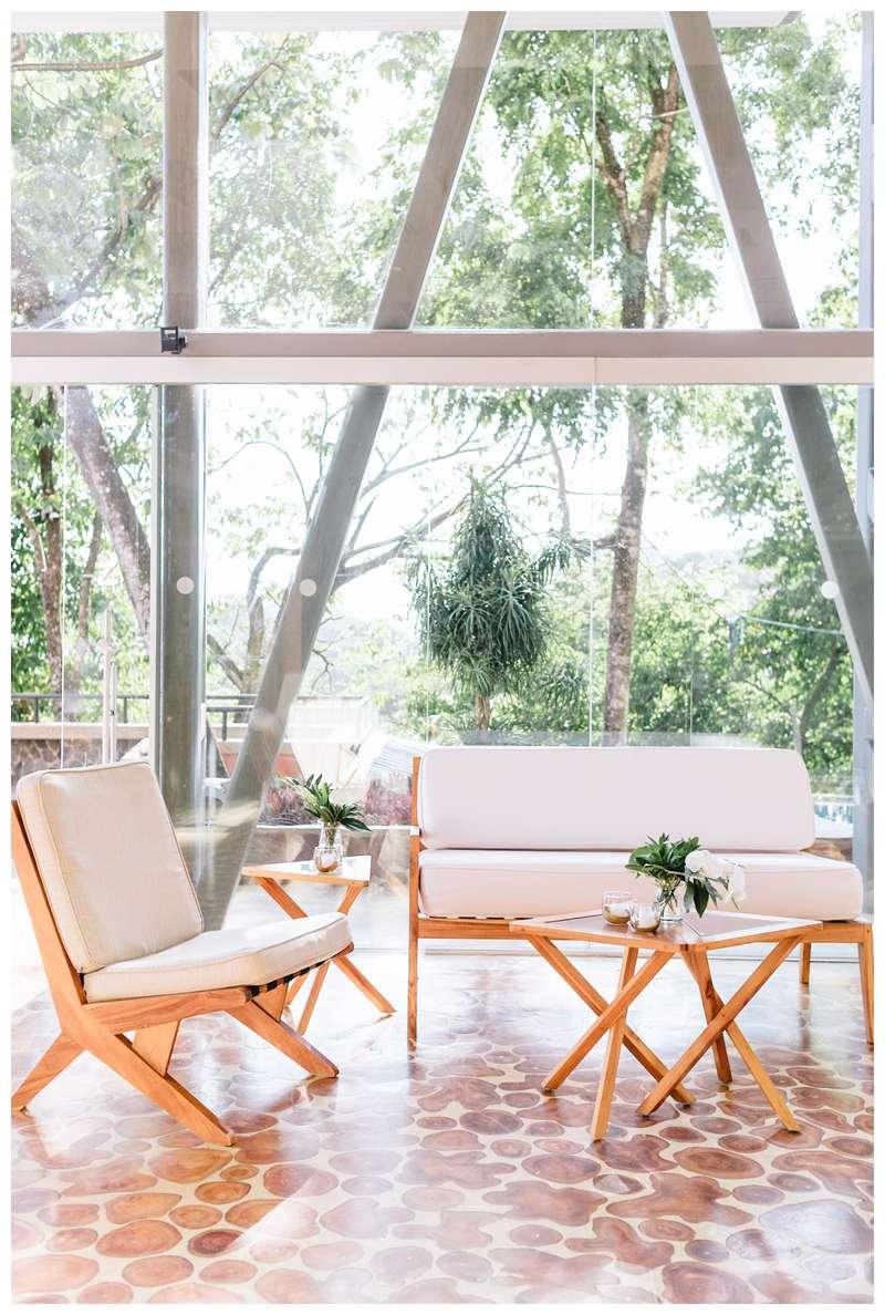 Destination wedding in Manuel Antonio Costa Rica at Villa Punto de Vista, planned by Tropical Occasions.