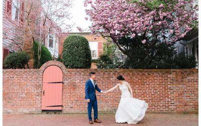 Intimate Historic Alexandria Virginia Spring Wedding || Annie + David