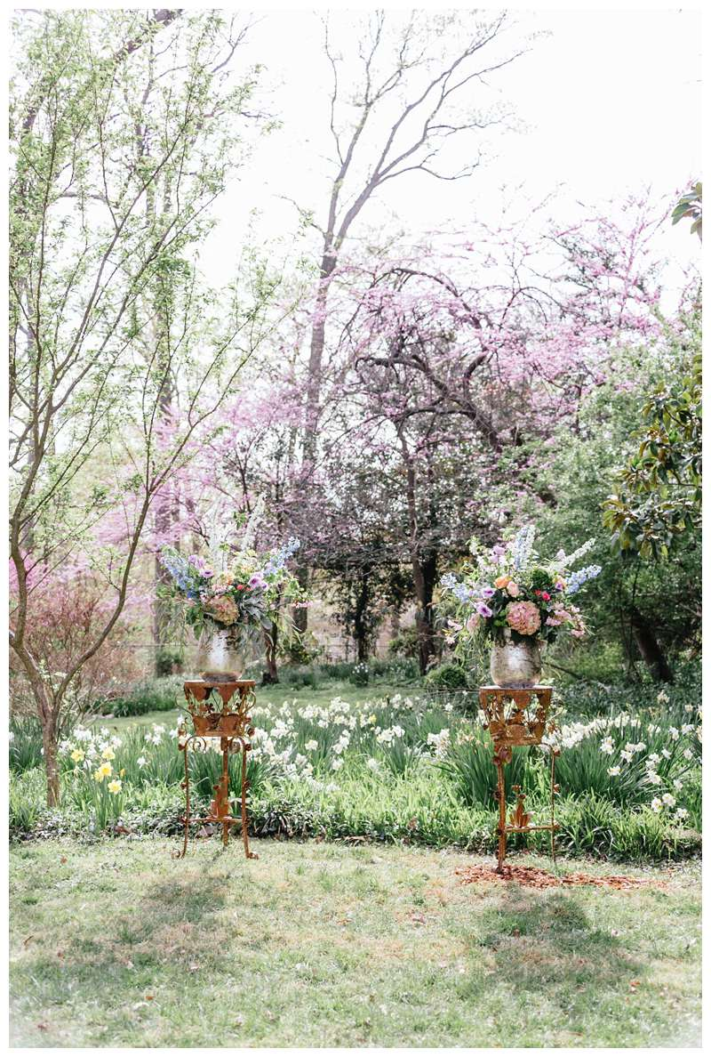 Beautiful church gardens for intimate historic Alexandria Virgina spring wedding. Photographed by Kristen M. Brown of Samba to the Sea.