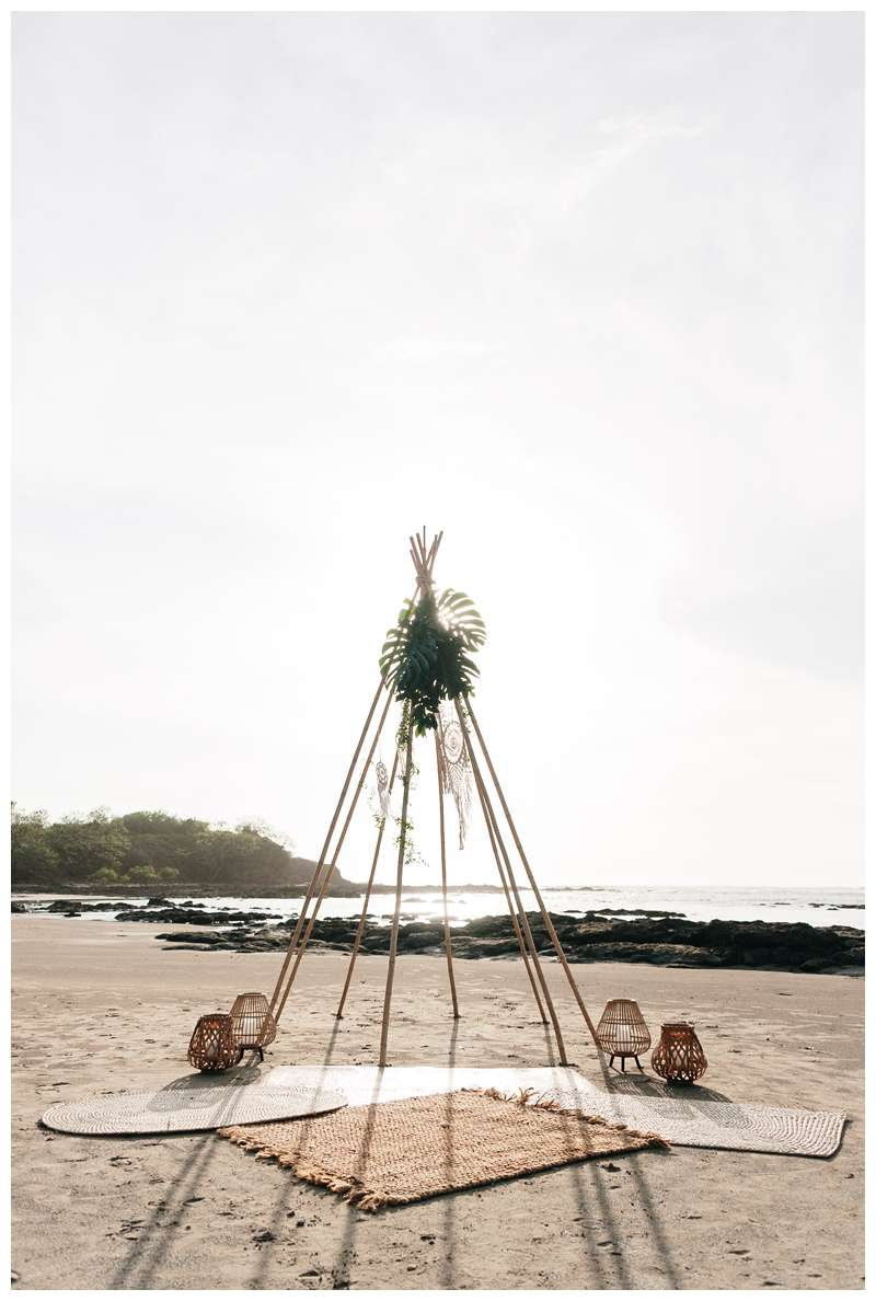 Boho wood teepee beach ceremony. Beach vow renewal in Tamarindo Costa Rica. Photographed by Kristen M. Brown of Samba to the Sea.