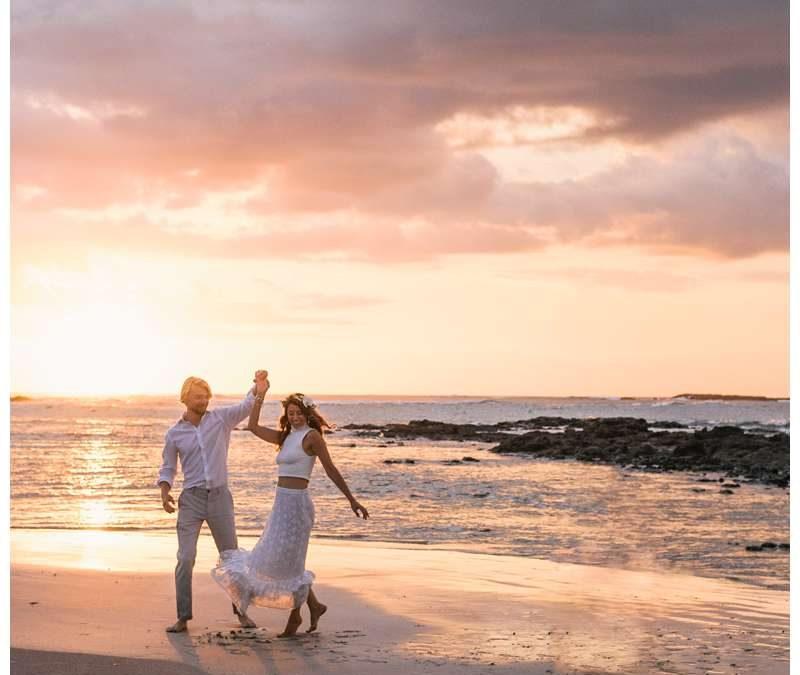 Beach Vow Renewal in Tamarindo, Costa Rica || Larsen Family